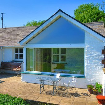 Ty Seren Holiday Cottage